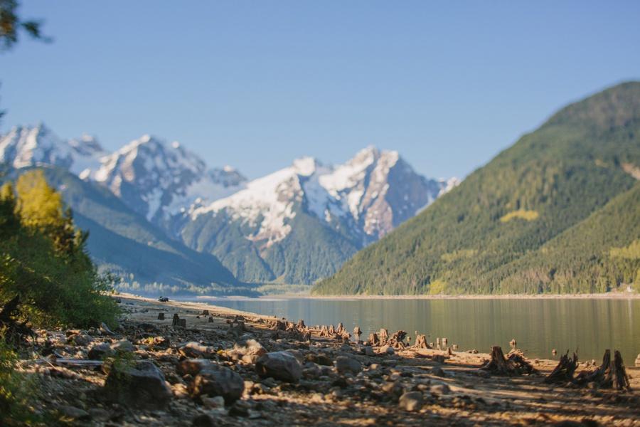 Jone Lake Mountain View Photo