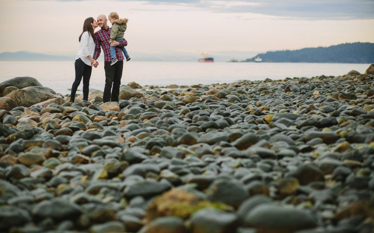 Dundarave Beach Family Session | Preview