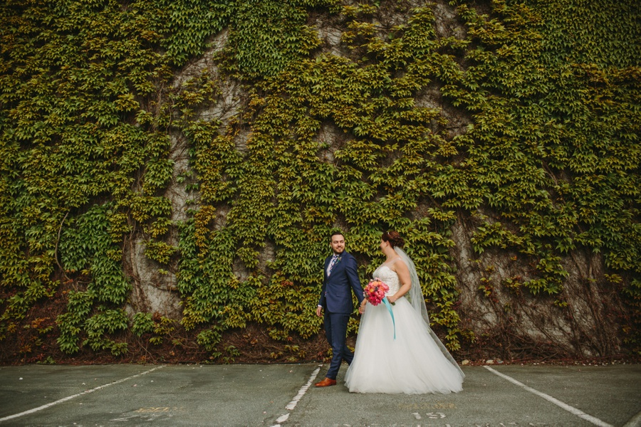 Ivy Wall in Vancouver with Bride and Groom
