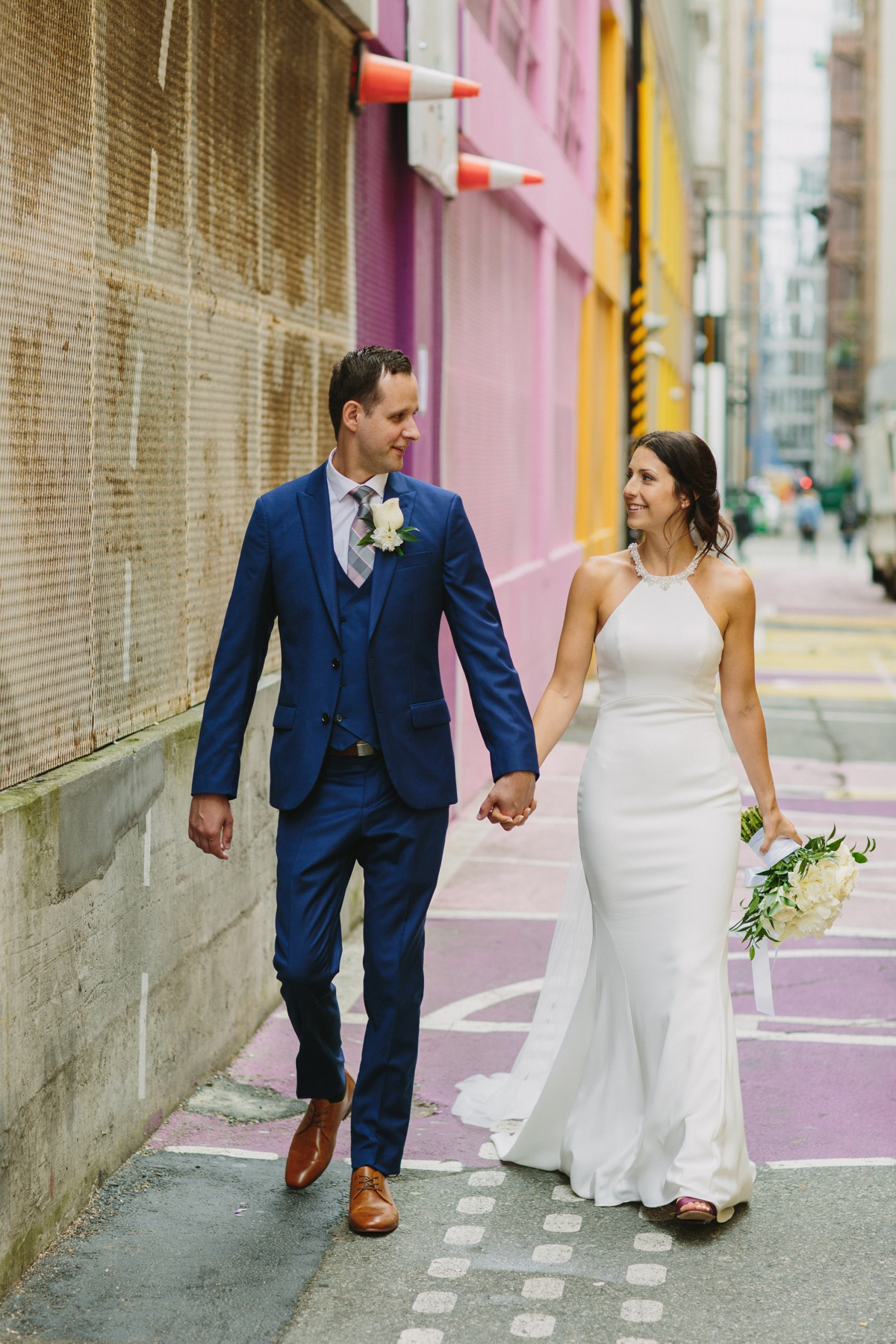 Vancouver couple in alley-oop