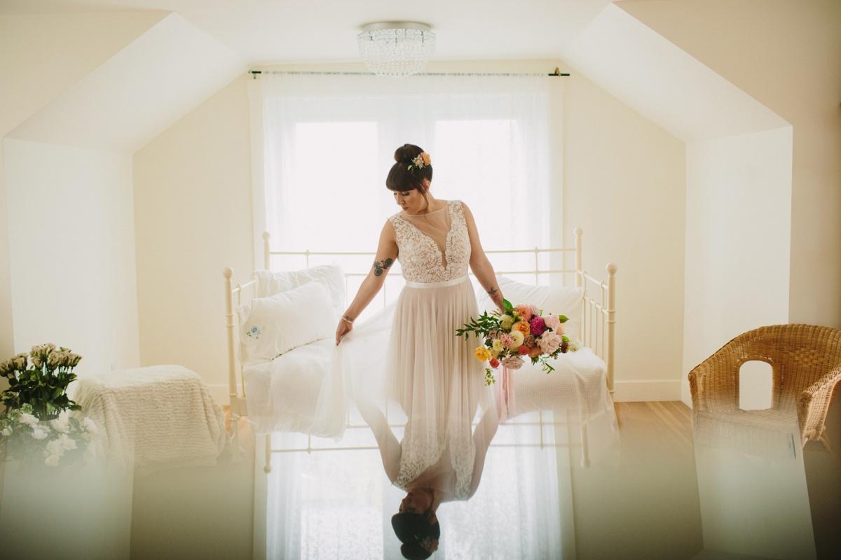 Bride gets ready in bridal suite at Secret Garden at Woodbridge Ponds in Abbotsford